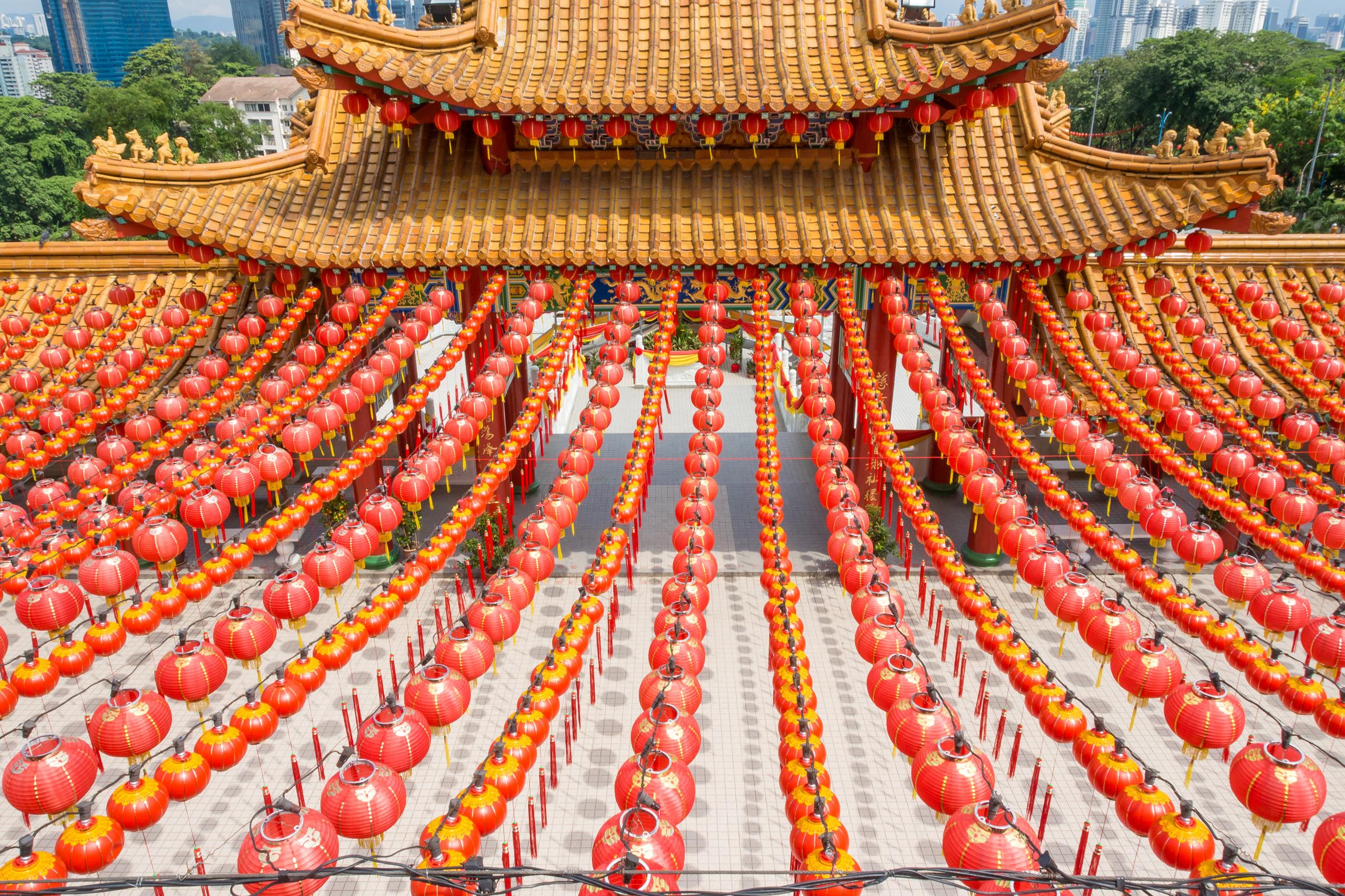 アジア圏の大型連休のイメージ