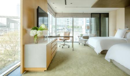 フォーシーズンズホテル丸の内 東京: トレインビュー&プラレール 宿泊プラン