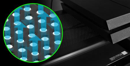 上段にはパンチング加工のスチール板を採用。 ハード設置時の排熱を阻害しにくい設計になっています。