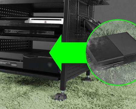 ゲーム機を床から数センチ離すことで、ホコリの侵入、それに伴う熱暴走の可能性を軽減します。