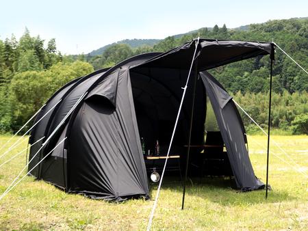 ベージュよりも高い遮光性を持つブラックカラーやキャノピー、メッシュ窓の採用により、蒸し暑さを軽減。