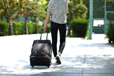 ビジネス・旅行用に使いやすい、機内持ち込み可能なサイズです。