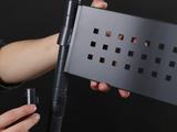 バックボードは自由に高さを調整できます。