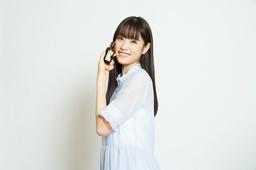女優・モデルの「髙橋ひかる」を、「柳屋 あんず油」イメージキャラクターに起用