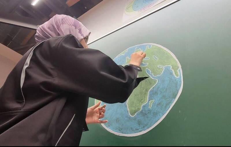 国際高専2年生がマーク・ザッカーバーグ氏らがつくった財団主催の学生科学動画コンテストに応募