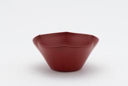 《乾漆本朱輪花菓子鉢》 2005 年