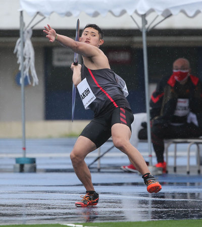 新たなパラアスリートを採用―パラ陸上競技(やり投げF12)の若生裕太選手を支援―