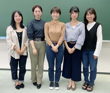 アイランダーサミット石垣に参加する産業能率大学の学生5名