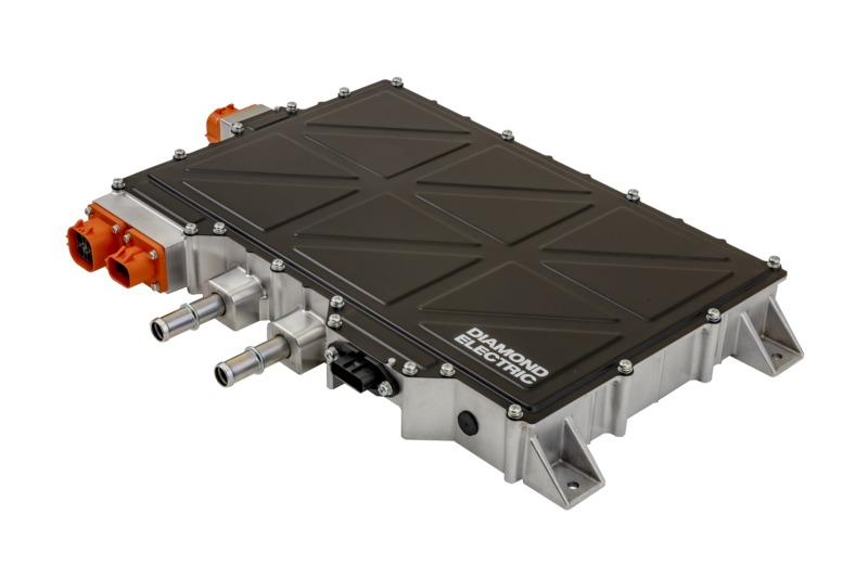 世界最高クラスの電力密度、1.2 kW/LのV2X対応車載充電器を開発