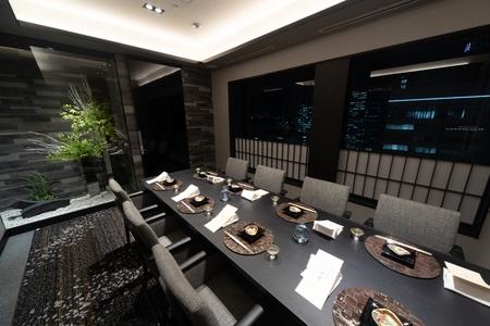 ホテルグランヴィア大阪 19階 日本料理「大阪 浮橋」店内写真