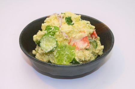 6品目の野菜が摂れるポテトサラダ