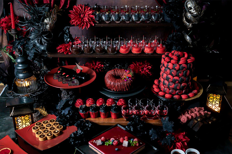 GOTHIC SWEETS