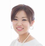 メイクセラピスト 荻野 愛子