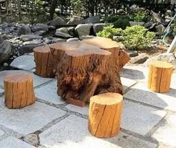 剪定樹木を再利用した自然型の環境整備