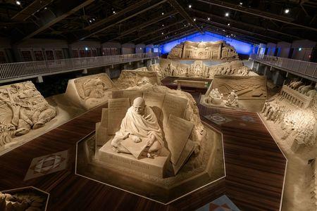 砂の美術館「南アジア」