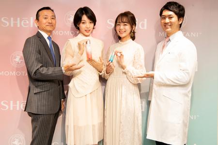 左から右へ:桃谷順天館の執行役員・和田寛、馬栗さん、 黒田さん、桃谷順天館中央研究所の関根大輝