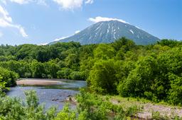 楽 水山 ニセコ 羊蹄山 夏イメージ