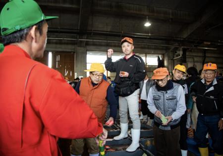 鳥取の鮮魚仲買業社、中村商店が〝松葉がにの初競り(11月7日)〟を無料ライブ配信。参加者を募集!!